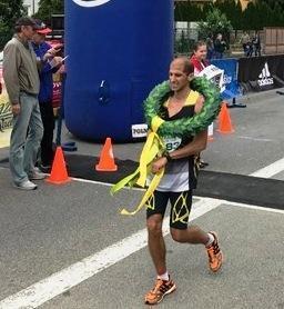 Víťaz polmaratónu Tibor Sahajda